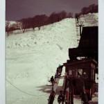 月山のリフト。相変わらず、すごい雪。